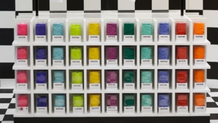Il pop up store di Pantone Colorwear