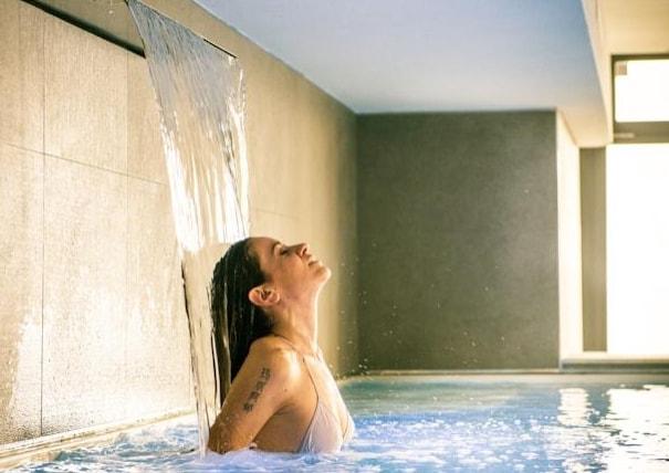 Quattro giorni di lusso e relax con aromaterapia, massaggio rilassante e un massaggio tonificante viso