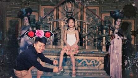 """Si """"intrufola"""" nelle foto di infanzia della fidanzata grazie a Photosop"""