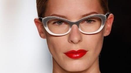 Rossetto rosso: prodotti indispensabili e look da star