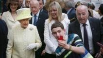 """""""E questo è il mio selfie con la Regina Elisabetta!"""""""