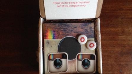 Instagram #communityfirst, il contenuto della confezione regalo