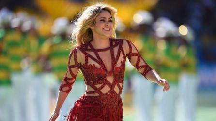 Il nude look di Shakira per la cerimonia di chiusura dei Mondiali 2014