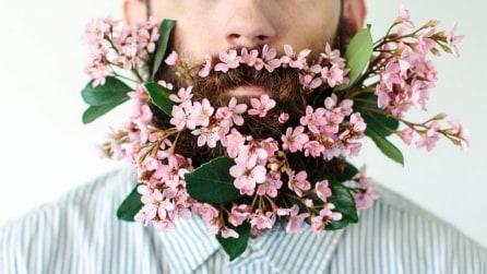 #Flowerbeard, la nuova tendenza dell'estate è mettersi fiori nella barba