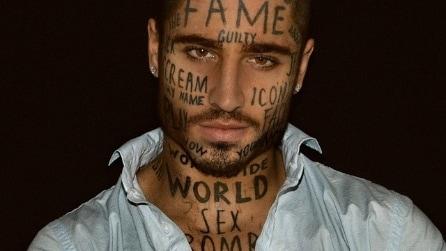 Famoso a tutti i costi: Vin Los si tuatua 24 parole sul viso