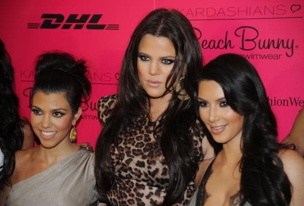 Tutte e tre amano mettere in risalto gli occhi con make up importanti dai colori intensi come nero e grigio