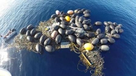 Emerge una nuova isola nel Pacifico: è immondizia