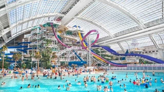 Situato all'interno del West Edmonton Mall di Alberta, questo è il secondo più grande parco acquatico al coperto del mondo e ha una grande piscina con le onde al coperto più alte del mondo, con 2,7 milioni di litri di acqua. Le attrazioni includono uno scivolo d'acqua loop e Blue Thunder, una torre di bungee jumping sospesa sopra la piscina a onde.