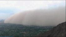 La spettacolare tempesta di sabbia di Phoenix