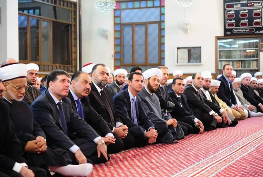 Siria, Damascoil premier Bashar Assad alla moschea