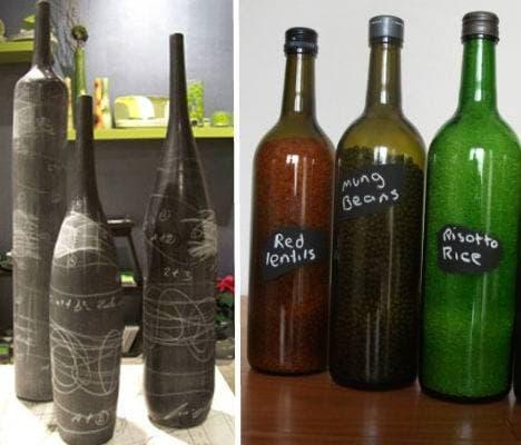 Con un po' di vernice lavagna, tutte le bottiglie vuote possono diventare divertenti vasi da decorare.