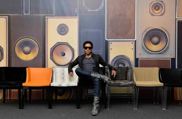 In occasione della Milano Design Week 2012, Kartell ha presentato una collaborazione tra i mobili del designer francese Philippe Starck e il musicista Lenny Kravitz .