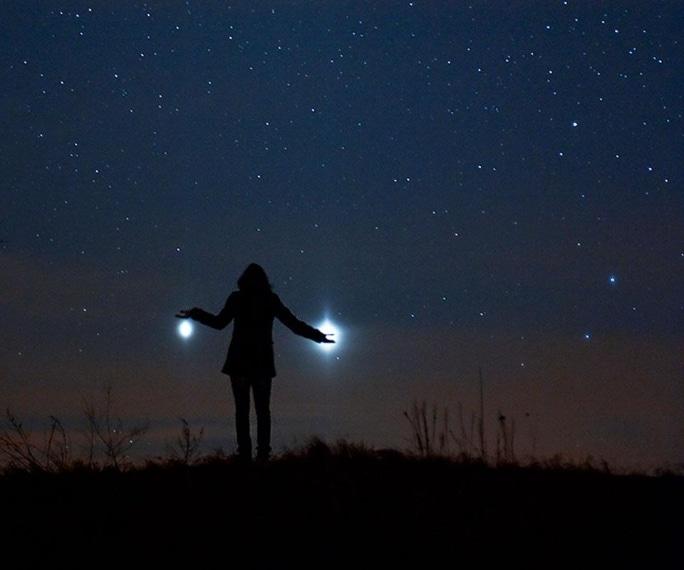 Foto Nasa rielaborata graficamente. I due pianeti, tuttavia, sono stati visibili esattamente come lo sono le stelle.