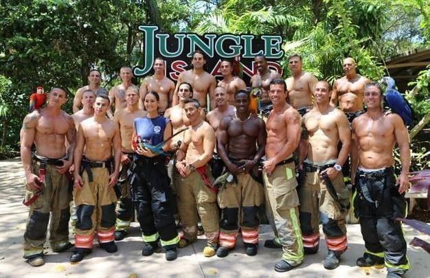 Calendario Pompieri Americani.Il Calendario Hot Dei Pompieri Americani