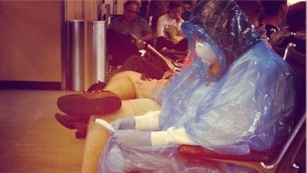 La paura per il virus Ebola è tutta in questa foto