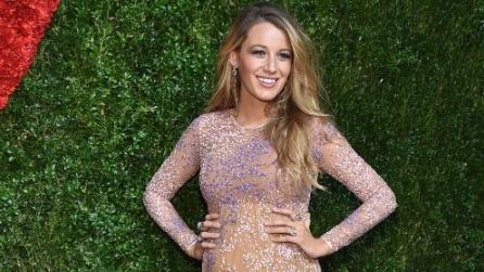 Il pancione di Blake Lively: la star cambia stile in gravidanza
