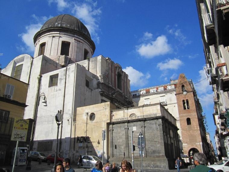 É stata la prima costruzione sacra dedicata alla Madonna nella città di Napoli. Sorse, come molti edifici ecclesiastici, per contrastare i vecchi riti romani pagani: in quella zona era radicato fortemente il culto per la dea Diana e riservato alle sole donne.
