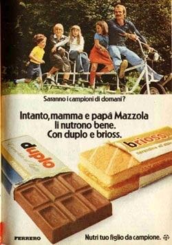 """""""Nutri tuo figlio da campione"""" era il loro motto. Rispetto alla loro versione moderna, le due merende erano più gustose e più ricche di crema."""