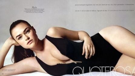 """Myla Dalbesio, la modella taglia 42 che si crede """"grassa"""""""