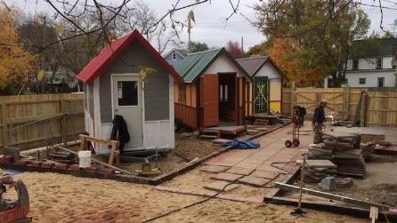 USA. Casette in legno come alloggi per i senzatetto. Il caso di Occupy Madison