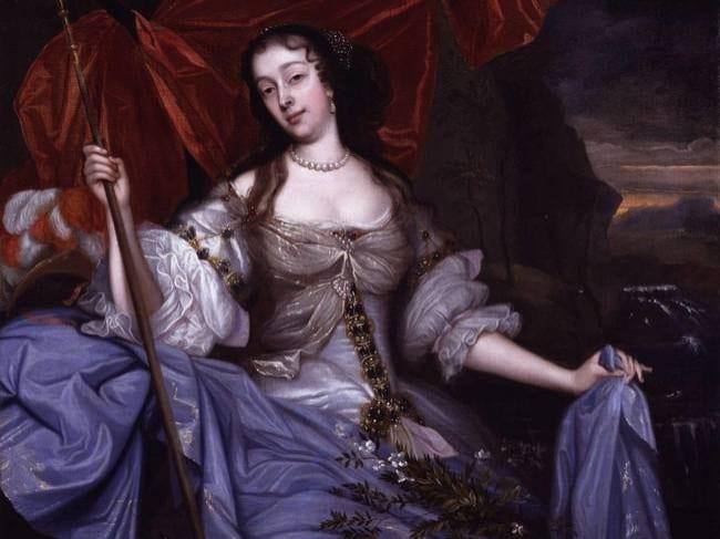E' la seconda amante di Carlo II, veniva chiamata anche la padrona della camera da letto reale. Nonostante non fosse particolarmente apprezzata a corte, veniva notevolmente stimata dal popolo, poiché in lei si identificavano tutte le donne.