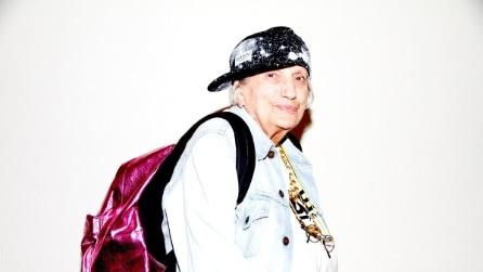 Gli anziani vestiti da giovani di Lyn Power