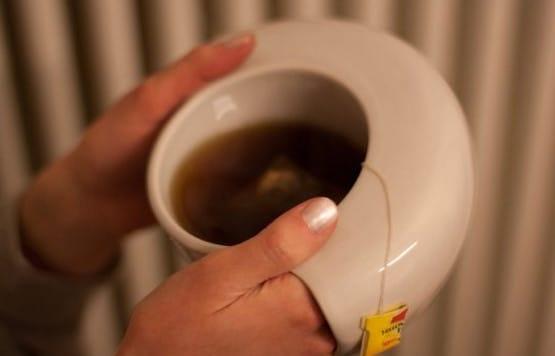 Cominciate la giornata nel modo giusto con questo ToastyMUG . Riscalderete contemporaneamente le mani, mentre sorseggiate il vostro tè.