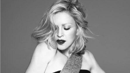 Madonna nuova testimonial di Versace per la P/E 2015