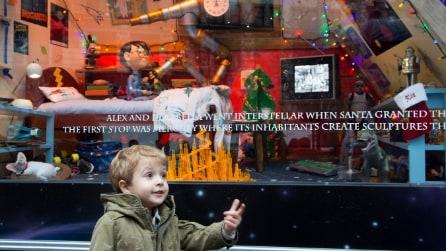 A New York, le bellissime vetrine natalizie di Macy's