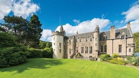 I 7 castelli più belli d'Europa in vendita sul mercato