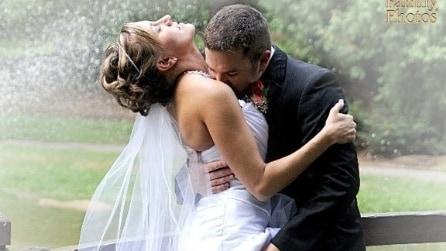 I servizi fotografici più strambi dei matrimoni