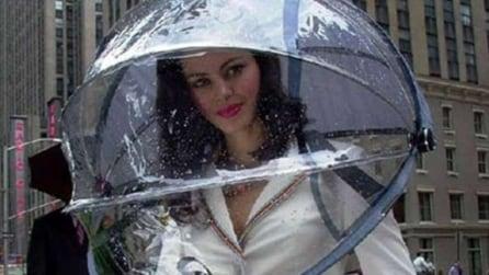 Ombrelli per tutti: sotto la pioggia ma con originalità