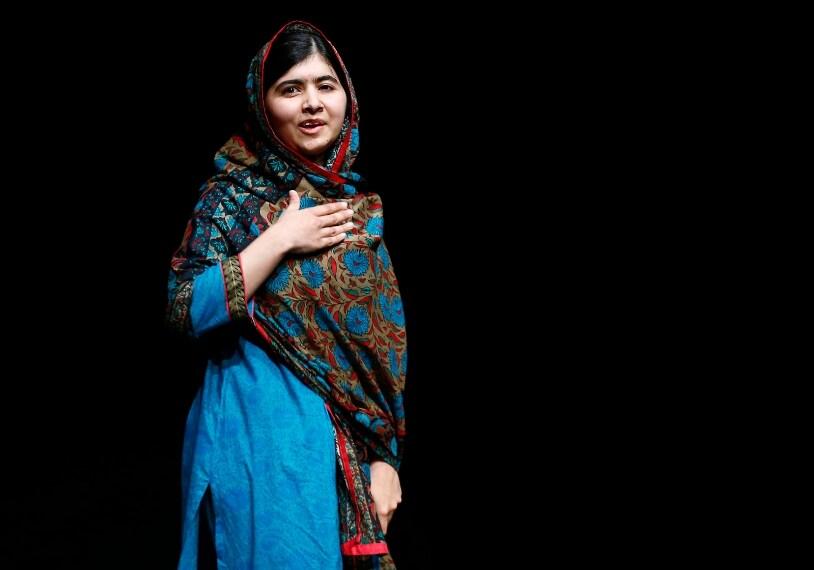 Malala Yousafzai, la ragazza pakistana insignita del Premio Nobel della Pace, parla a Birmingham library, a Londra il 10 ottobre 2014