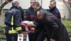 Parigi, i soccorsi dopo l'attentato nella sede di Charlie Hebdo