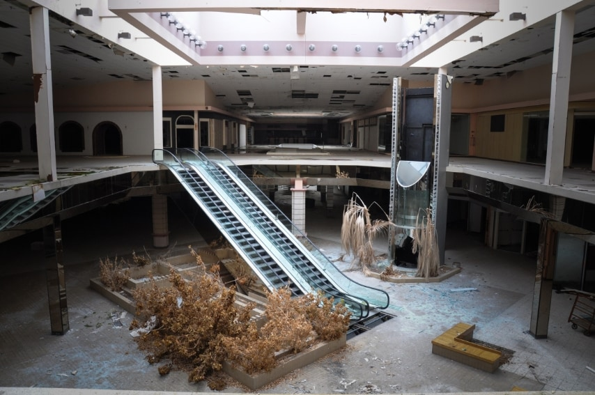 Photo di Seph Lawless dal libro Black Friday: The Collapse of the American Shopping Mall.