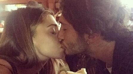 Un amore al bacio: le coppie famose si scatenano