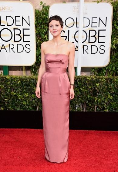 L'attrice sfoggia un delizioso pixie cut e un elegante tubino dallo splendido colore. Perfetta. VOTO: 8
