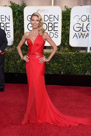 Un rosso sensuale, sollatura hot e spacco profondo. Heidi senza dubbio è una delle più sexy. VOTO: 7