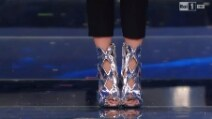 Il look di Emma Marrone alla finale di Sanremo 2015