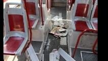 Ecco i danni dei tifosi olandesi agli autobus Atac