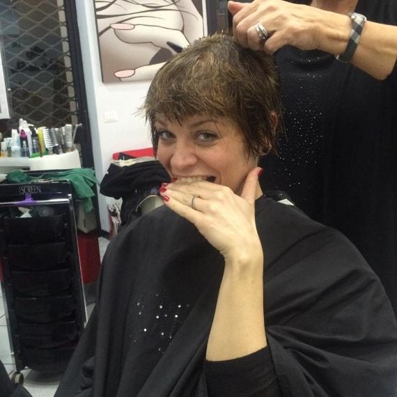 Foto ultimo taglio di capelli alessandra amoroso