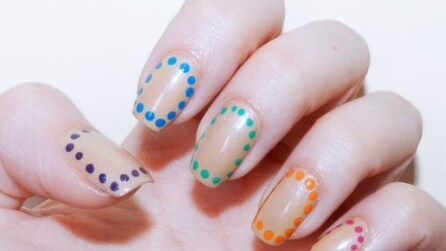 Border nail manicure