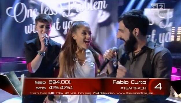 La popstar internazionale duetta con Roberta e Fabio Curto