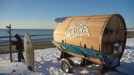 Surf Sauna: la prima sauna portatile dentro una botte