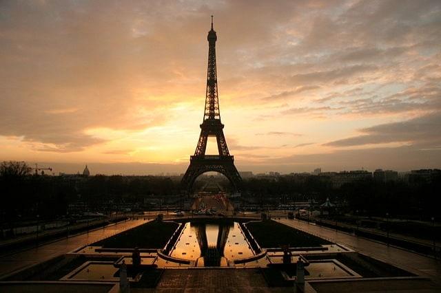 http://en.wikipedia.org/wiki/Paris_syndrome#mediaviewer/File:Eiffel_tower_at_dawn_horizontal.jpg