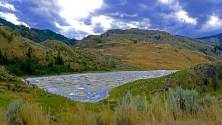 Spotted lake, il lago maculato del Canada