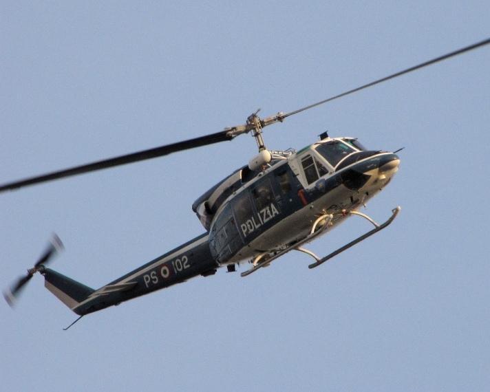 """Già Leonardo Da Vinci ideò un prototipo di elicottero denominato """"vite aerea"""", che avrebbe dovuto avvitarsi nell'aria sfruttandone la densità così come fa la vite quando penetra nel legno, ma fu l'ingegnere Corradino D'Ascanio (1891-1981), a inventare il primo prototipo di elicottero moderno."""