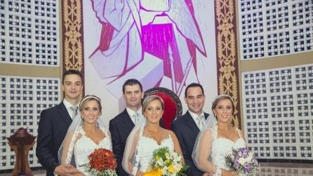 Si sposano lo stesso giorno, tre gemelle si scambiano di posto e i loro mariti non le riconoscono