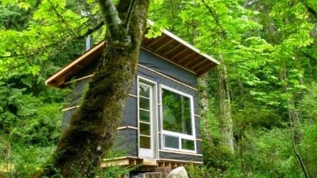 Mini-casa a 460 euro: ecco l'abitazione fatta di materiali riciclati