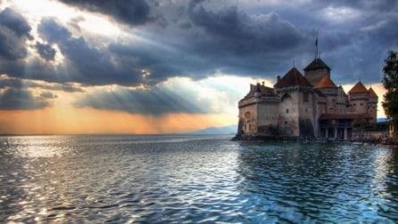Sembra di essere in una favola ma esistono realmente: i castelli più belli al mondo